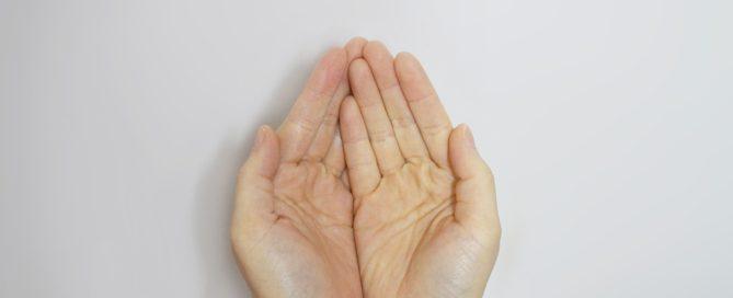 hand-506754_1280